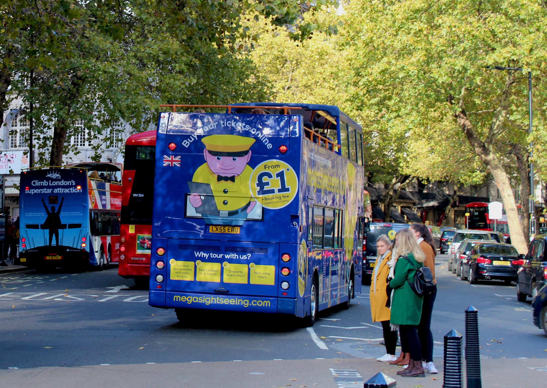 London sightseeing bus advertising
